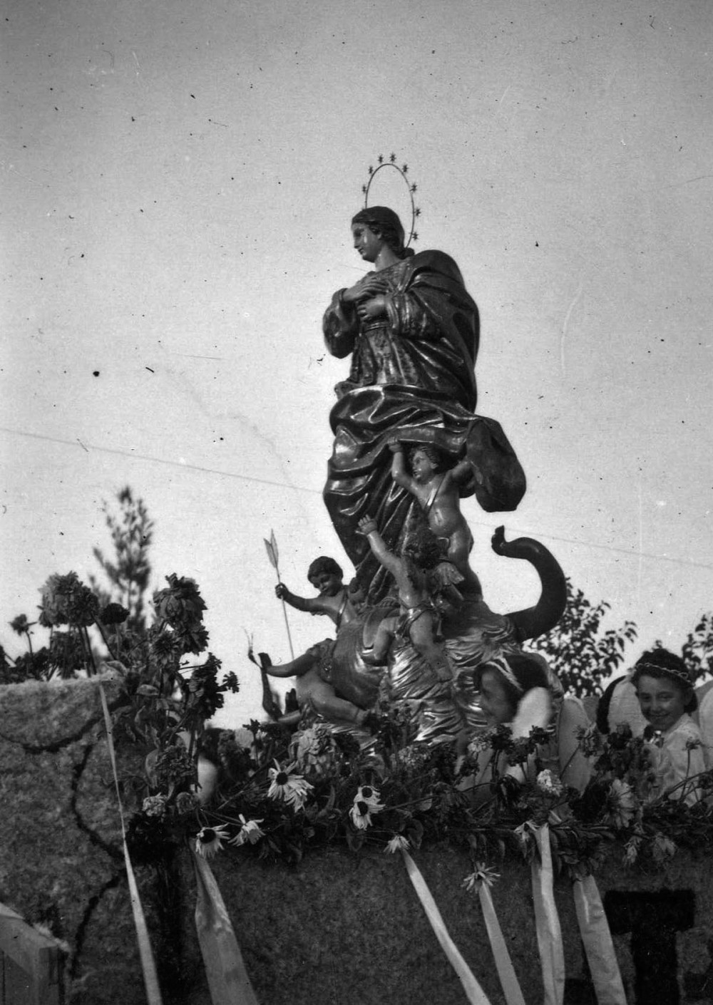 Llegada a Hellín de la Inmaculada de Fernández Andes a Hellín en 1941